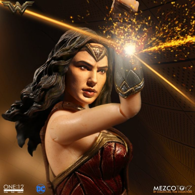 Mezco Wonder Woman 1