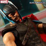 Mezco Thor Ragnarok 1