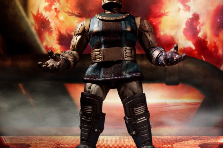 Mezco Darkseid 3