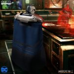 Mezco Darkseid 4