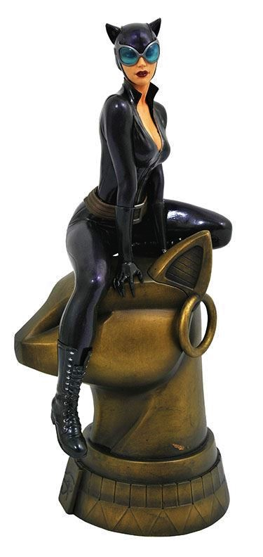 0005056 dc comic gallery catwoman pvc diorama edit