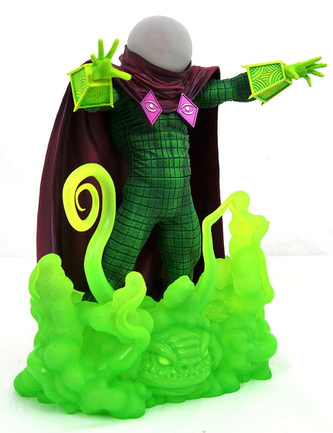 0005808 marvel comic gallery mysterio pvc diorama angle